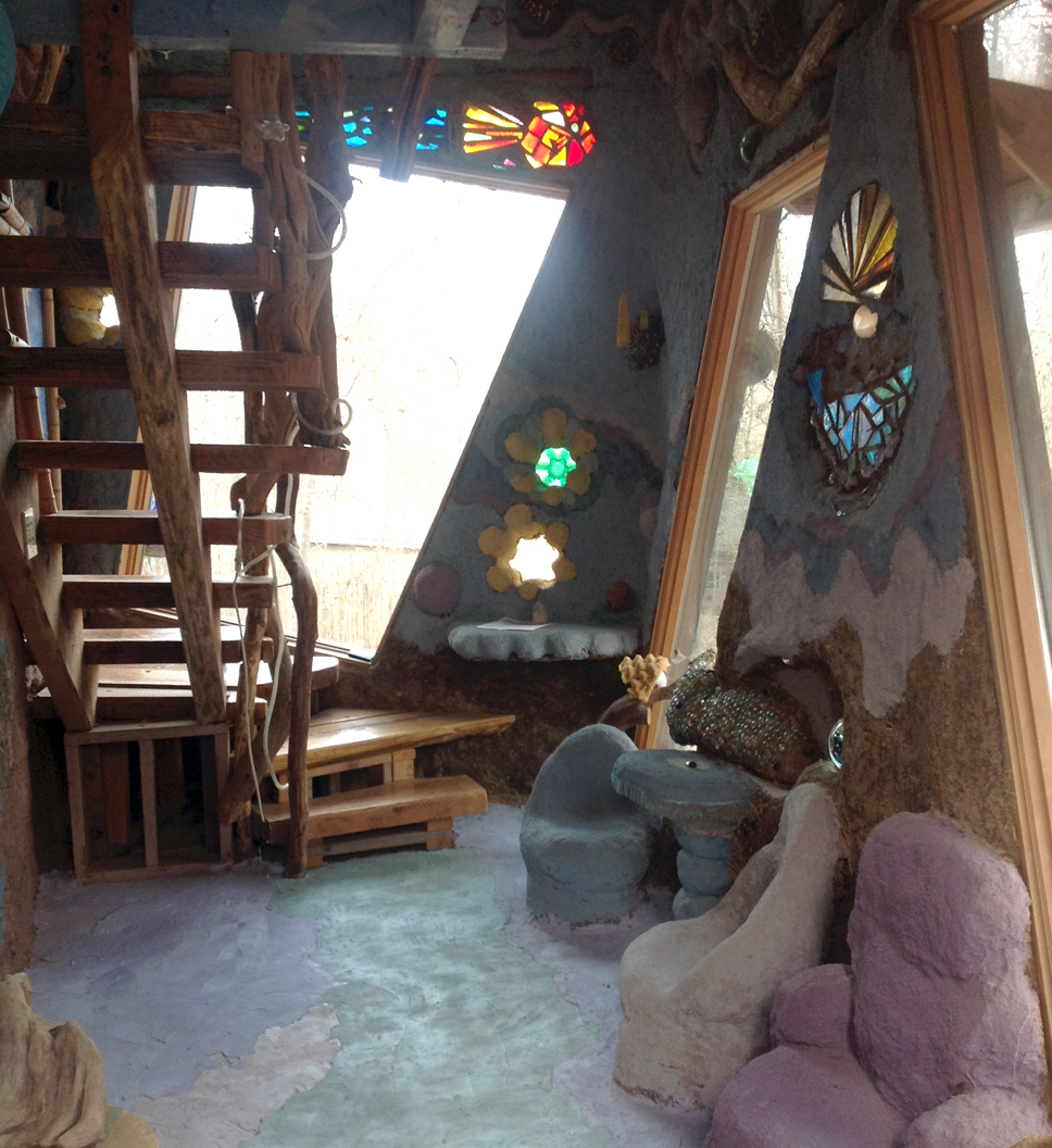Sea World living room and stairs