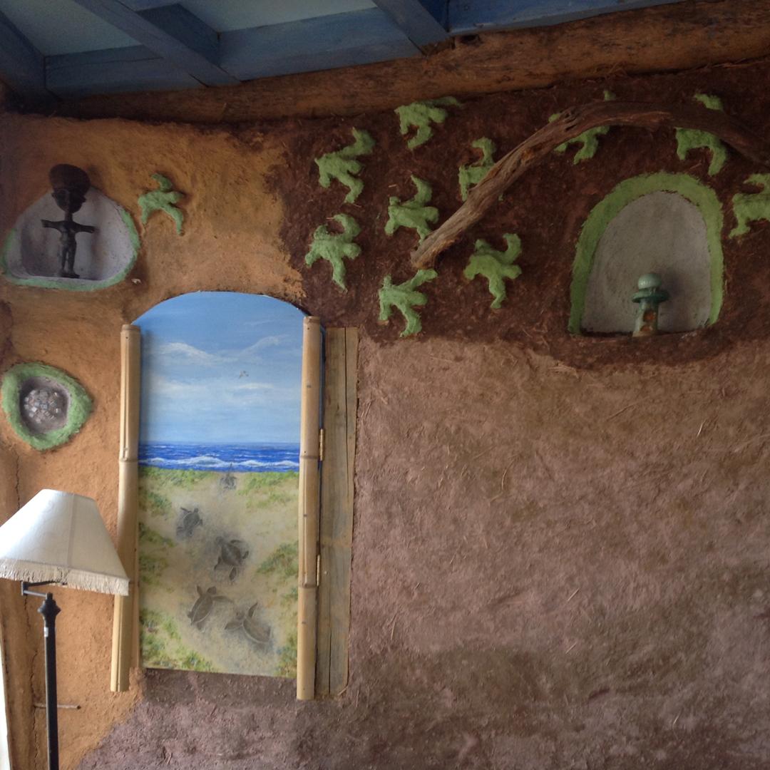 Turtle Room – Fish Room